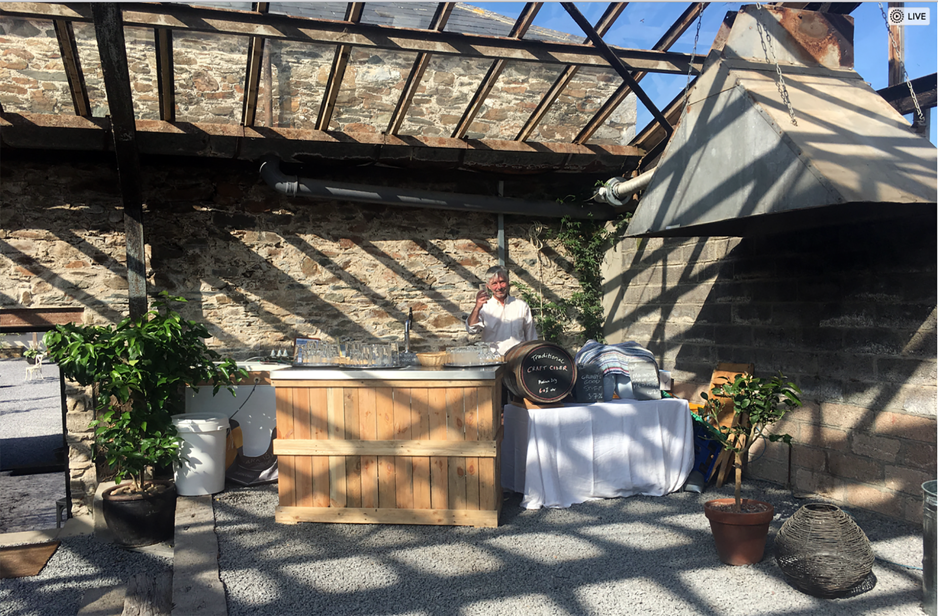 barnabys-brewhouse-outisde-events-wedding-june-2017
