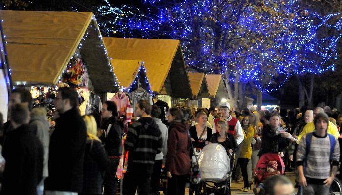 barnabys-brewhouse-christmas-market-devon